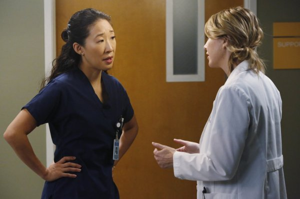 Somebody-That-I-Used-To-Know-Cristina-Yang-Meredith-Grey-2